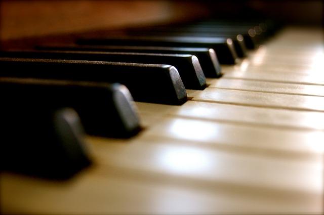 soittimet-piano