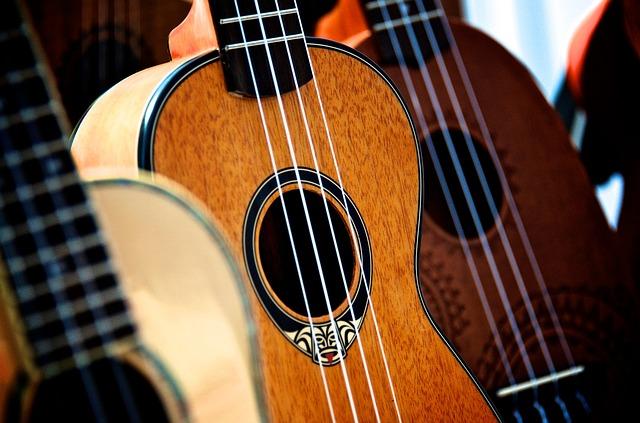 soittimet-ukulele